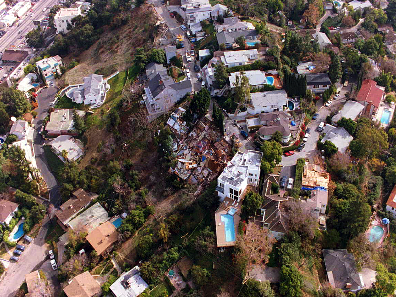 Hillside homes after the earthquake